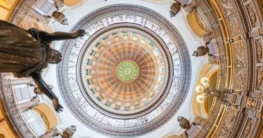 Illinois DFS bill time ticking session ending