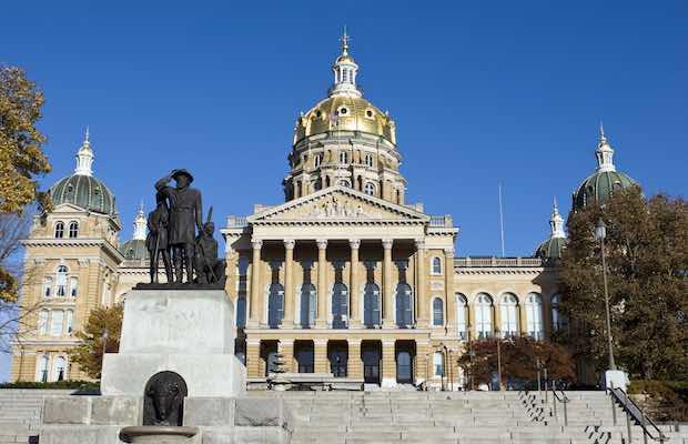 Iowa sports betting 2019 legal