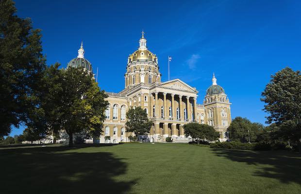 Iowa sports betting passes Senate